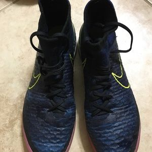 Nike Shoes - Magista proximo Ic indoor soccer cleats